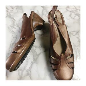 Dansko Bronze Closed Toe Sling Back Heels